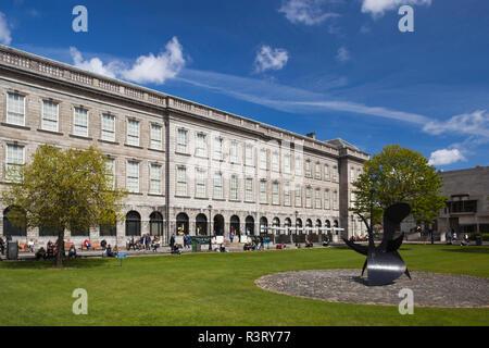 Irlanda, Dublino Trinity College, il vecchio edificio della biblioteca, esterna Foto Stock