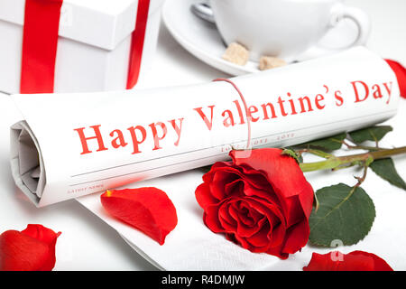 Buon San Valentino quotidiano ed una rosa rossa