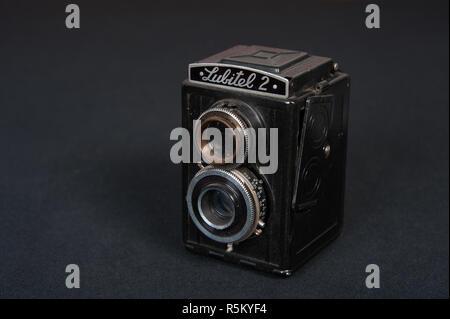 Rotolo di vintage cinepresa conosciuta come la Lubitel 2 Foto Stock