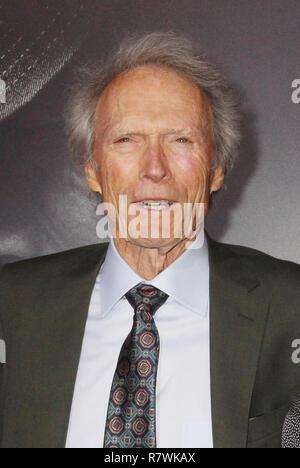 """Clint Eastwood 12/10/2018 La prima mondiale di """"Il mulo"""" tenutasi presso il Regency Village Theatre di Los Angeles, CA Foto: Cronos/Hollywood News"""