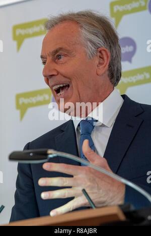 Londra, Regno Unito. Il 14 dicembre 2018. Ex primo ministro Tony Blair fa un discorso sul Brexit il caos e il suo punto di vista sul modo migliore di procedere per il Regno Unito e l'Europa. Credito: Peter Manning/Alamy Live News