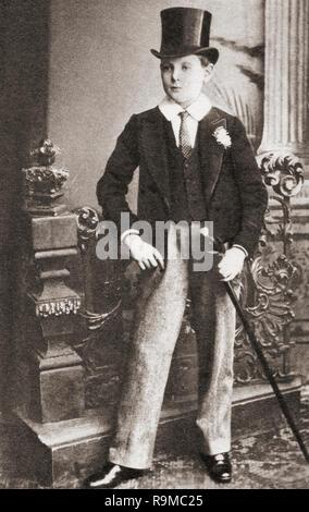 Winston Churchill, visto qui come uno scolaro. Sir Winston Leonard Spencer-Churchill, 1874 - 1965. Uomo politico britannico, statista, esercito ufficiale e scrittore, che è stato Primo Ministro del Regno Unito dal 1940 al 1945 e di nuovo dal 1951 al 1955. Foto Stock