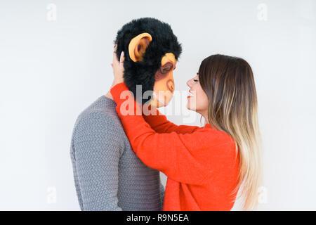 amore scimmia dating buon sito di incontri esempi di username