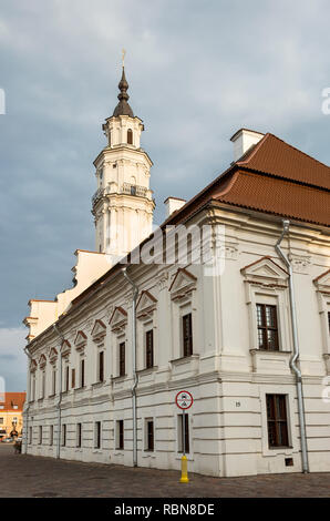 "Retro di Kaunas town hall, ""il cigno bianco', Lituania"