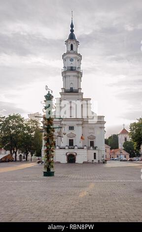 "Kaunas town hall, ""il cigno bianco', Lituania"
