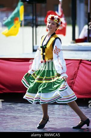 Ragazza giovane, ucraino dance troupe,Saskatchewan, Canada Foto Stock
