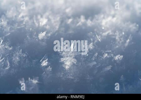 I fiocchi di neve Close Up abstract in una giornata di sole Foto Stock