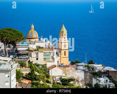 L'Italia, Campania, Costiera Amalfitana, la Penisola Sorrentina, Praiano, Parrocchia di San Gennaro Chiesa Foto Stock