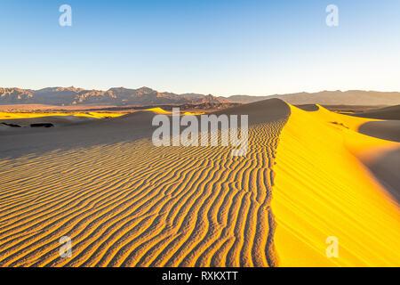 Mattina escursione in Mesquite Flat dune di sabbia