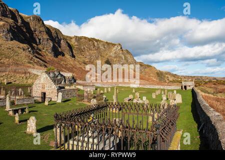 Nether Kirkyard presso San Ciro Riserva Naturale Nazionale, Aberdeenshire, Scozia. Foto Stock