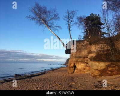 Clifs Veczemju vicino al mare Foto Stock
