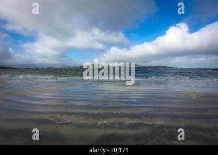 Camminare al White Strand, Co. Kerry, Irlanda