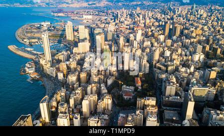 Antenna vista sullo skyline di Beirut, Libano Foto Stock