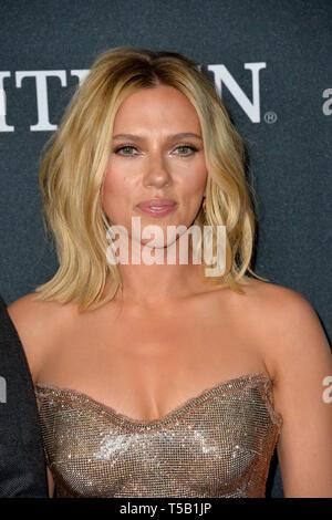 Los Angeles, Stati Uniti d'America. 22 apr, 2019. LOS ANGELES, Stati Uniti d'America. Aprile 22, 2019: Scarlett Johansson alla premiere mondiale di Marvel Studios' 'vendicatori: Endgame'. Credito: Paul Smith/Alamy Live News Foto Stock