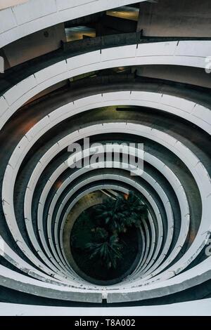 Parcheggio garage rampa a spirale, nel centro cittadino di San Diego, California Foto Stock