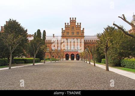 Edificio principale di Chernivtsi università - la ex residenza dei metropoliti, Ucraina, Europa Foto Stock