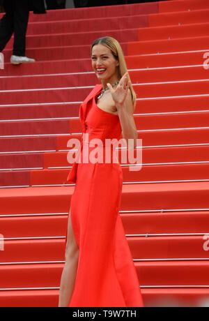 """Cannes, Francia. Il 20 maggio 2019. CANNES, Francia. 20 maggio 2019: Petra Nemcova al gala premiere per 'La Belle Epoque"""" al Festival di Cannes. Credito Foto: Paul Smith/Alamy Live News Foto Stock"""