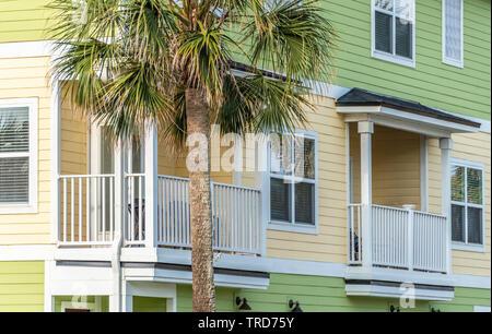 Residenziale quartiere spiaggia albergo vicino al mare nella spiaggia di Jacksonville, Florida. (USA) Foto Stock