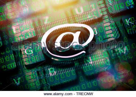 A segno sulla tastiera di un computer, Germania Foto Stock