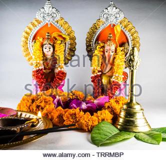 Signore Lakshmi e Ganesha in deepawali festival stagione. Foto Stock