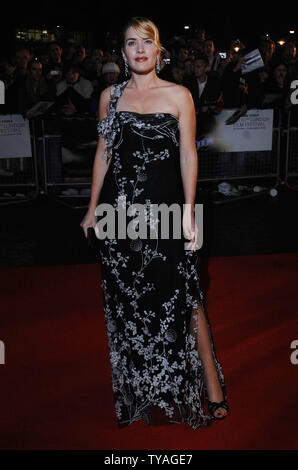 "British attrice Kate Winslet assiste il Times BFI London Film Festival: ""Figlioli"" di Odeon West End, Leicester Square a Londra il 25 ottobre 2006. (UPI foto/Rune Hellestad) Foto Stock"