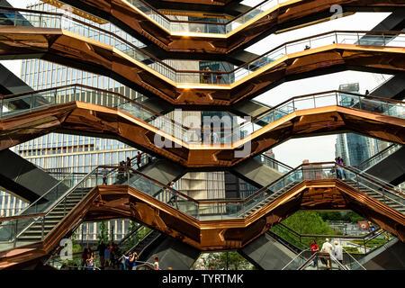 La nave. Cantieri di Hudson, Manhattan. Designer Thomas Heatherwick.New York, NY, Stati Uniti d'America, America. Foto Stock