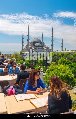 Turchia, Istanbul, Sultanahmet, la Moschea Blu (Sultan Ahmed moschea o Sultan Ahmet Camii) Foto Stock