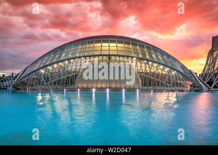 L'Hemisferic planetarium, Città delle Arti e delle scienze o Ciudad de las Artes y las Ciencias, Valencia, Comunidad Valenciana, Spagna
