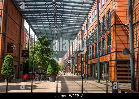 Cité Internationale (International City) è un trimestre nel 6 ° arrondissement di Lione, che è stato ristrutturato dal 1990 come residenziale e business