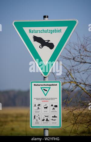 Segno della riserva naturale, febbraio, Renania settentrionale-Vestfalia, Germania Foto Stock