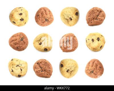 Molti ordinatamente disposte Cookies isolato su uno sfondo bianco Foto Stock