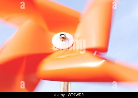 Arancione ruota Pin Foto Stock