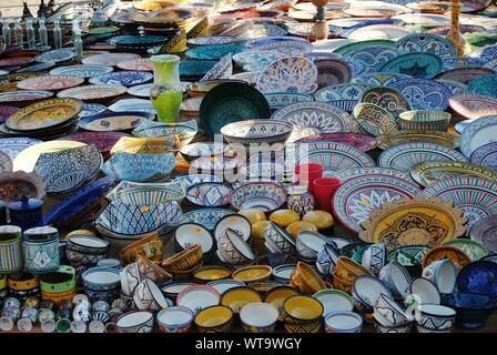 Telaio completo colpo di Multi Le piastre colorate per la vendita Foto Stock