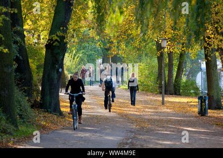 Ad Alster nel quartiere Hamburg St. Georg. Foto Stock