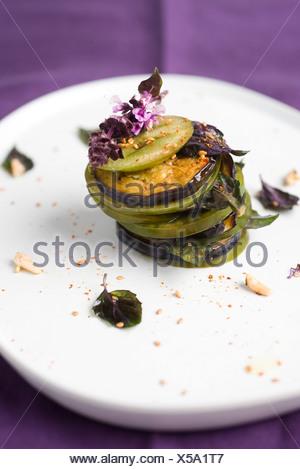 "I pomodori e le melanzane mille""feuille Foto Stock"
