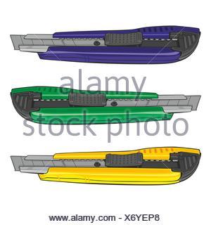 Oggetto isolato tagliare materiale sintetico plastico ufficio taglierina strumento blu isolato Foto Stock
