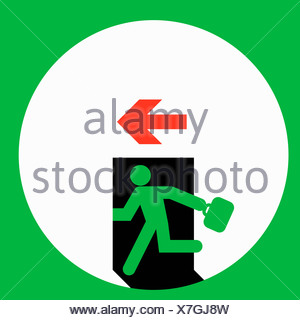 Imprenditore in esecuzione attraverso la porta di uscita Foto Stock