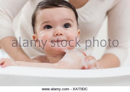 Pretty Woman Vasca Da Bagno : Bagno relax foto royalty free immagini immagini e archivi