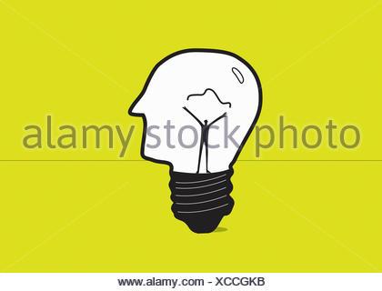 L'uomo la formazione di filamento elettrico interno della testa umana lampadina della luce Foto Stock