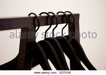 Appendiabiti su portabiti Foto Stock