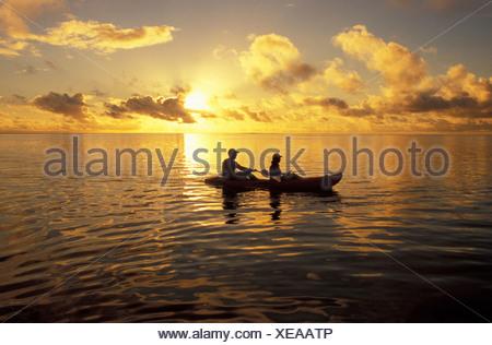 Il kayak al tramonto