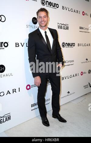 Los Angeles, CA, EUA. 26 Fev, 2017. Justin Hrtley em chegadas para 2017 Elton John AIDS Foundation Academy Awards Foto de Stock