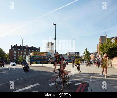 Reconfiguracao de intersecção com ciclovia em Stockwell Memorial de Guerra. Stockwell Framework Masterplan, Londres, Foto de Stock